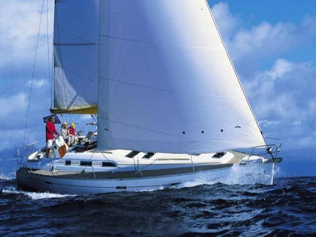 Beneteau Oceanis 393 on sailing!