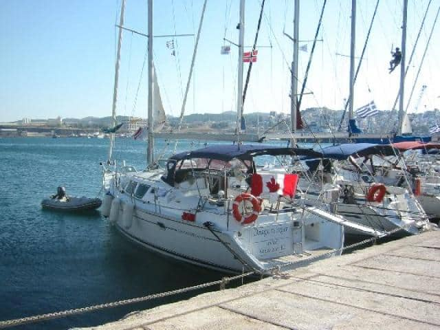 Galazio Sailing meeting point, for Lavrion port, is directly to the yacht.