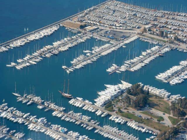 Alimos marina is not only the main starting point for sailing around the Cyclades and Saronic & Argolic Gulf but also the base with very many options in available yachts & possible best prices!