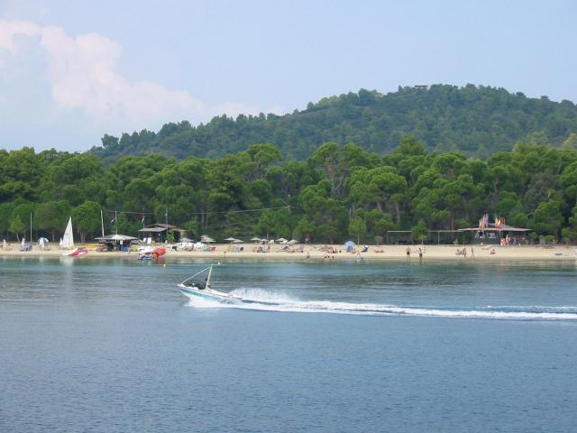 Various water sports are on hand in many organised hotel beaches in the island of Skiathos!