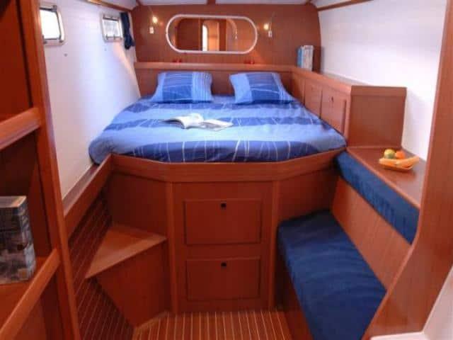 Nautitech 47/ cabin area