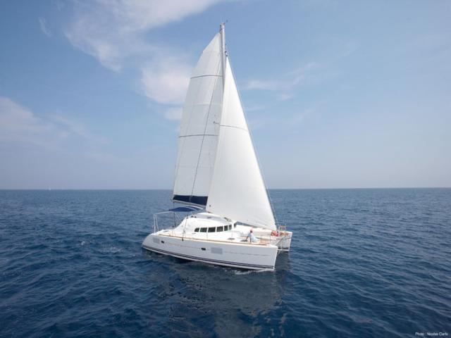 Sailing Catamaran Lagoon 410 in Greece!