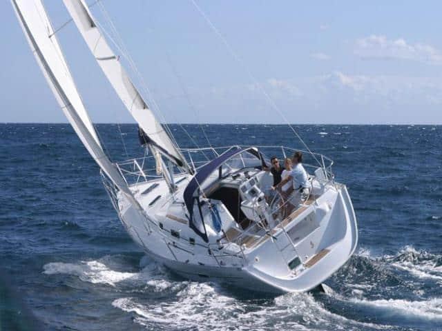 Beneteau Oceanis 343 on sailing!
