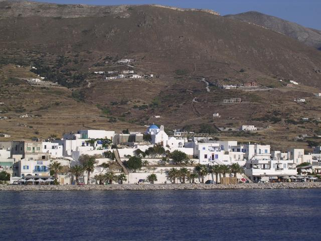 Excellent tourist facilities, rich cultural life and cosmopolitan ambience have made Paros island really distinguishable holiday destination. Here, you may view the capital Paroikia from the sea.