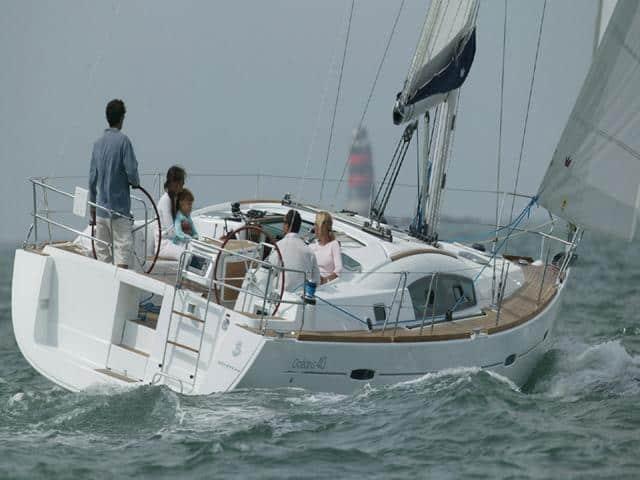 Beneteau Oceanis 40 on sailing!