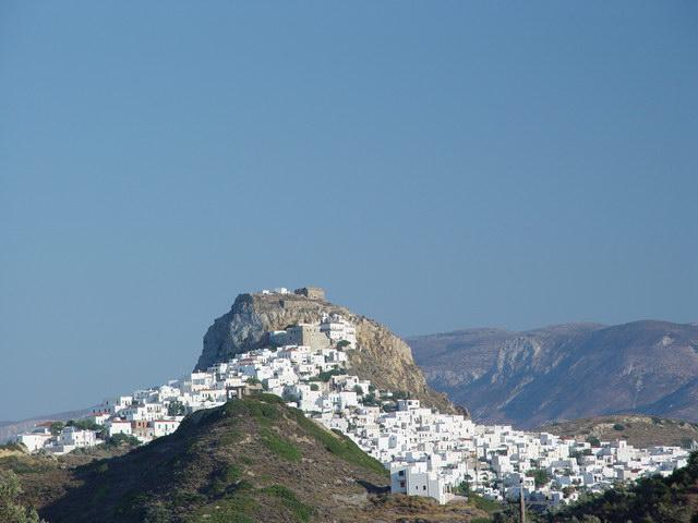 Chora is the Skyros' capital & the centre of tourism.