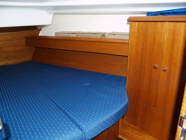 Sun Odyssey 37/ Cabin area