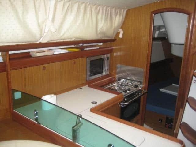 Jeanneau Sun Odyssey 36i/ galley area