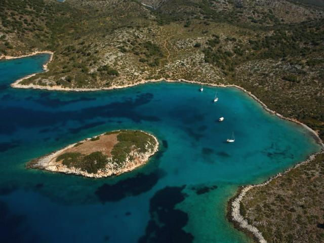 Kyra Panagia islet (also known as Pelagos) was named after the monastery situated in East of the island.