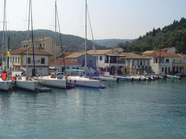 Antipaxos is a tiny and extremely beautiful island located about 1,5NM to the South of Paxos.
