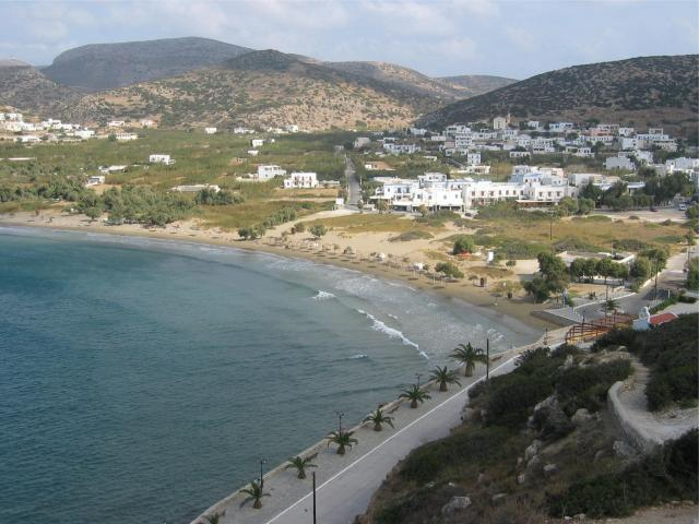The beaches in Syros, sandy and/ or pebbled, are placed mostly South. Here, one can view Galissas beach in Syros island.