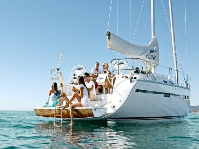 Bavaria Cruiser 46 overview!