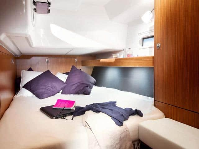 Bavaria Cruiser 46/ Cabin area