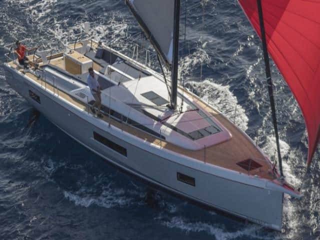 Beneteau Oceanis 51.1 under sails!