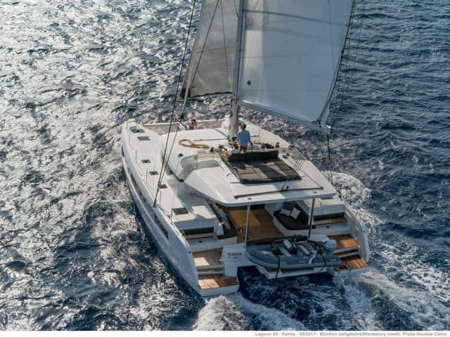 Catamaran Lagoon 50 under sails!